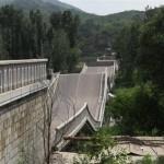 2-bridge-collapse