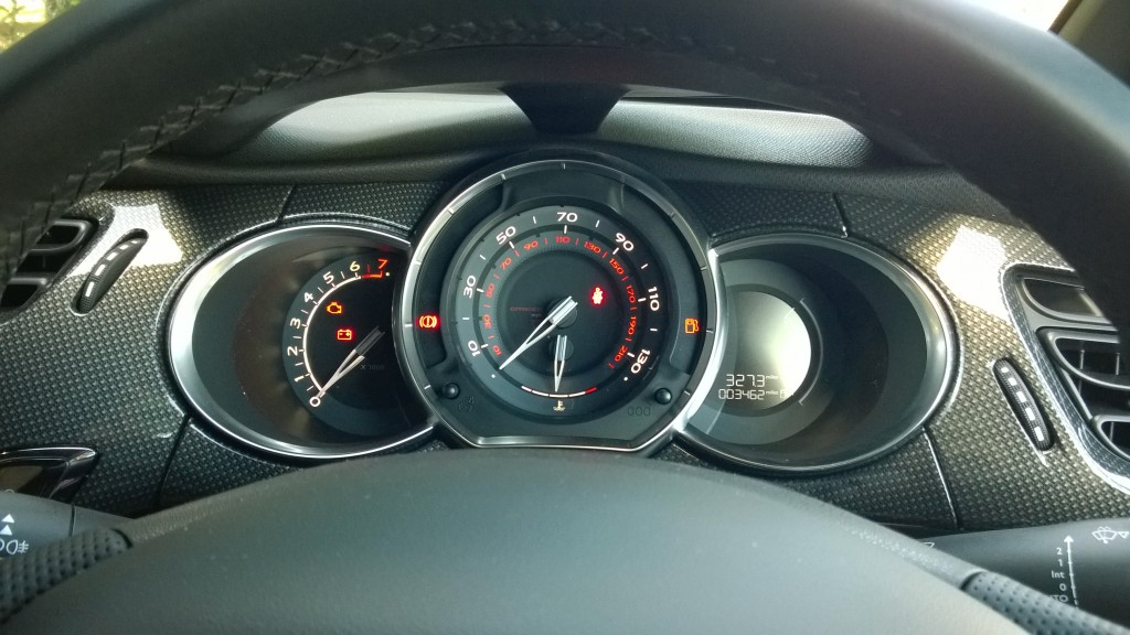 Dash instruments in the DS3