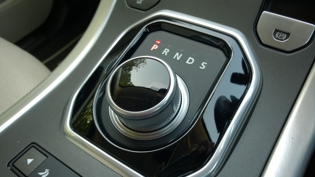 Evoque automatic gear selector function