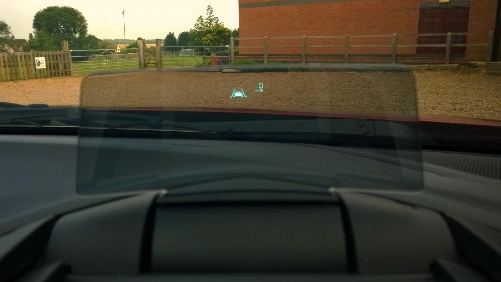 Mazda 3 HUD