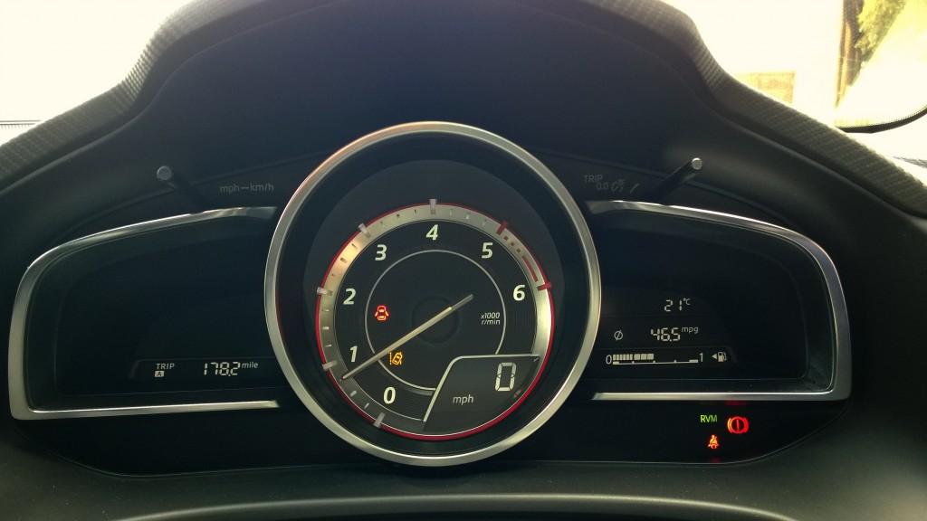 Mazda 3 dash instruments
