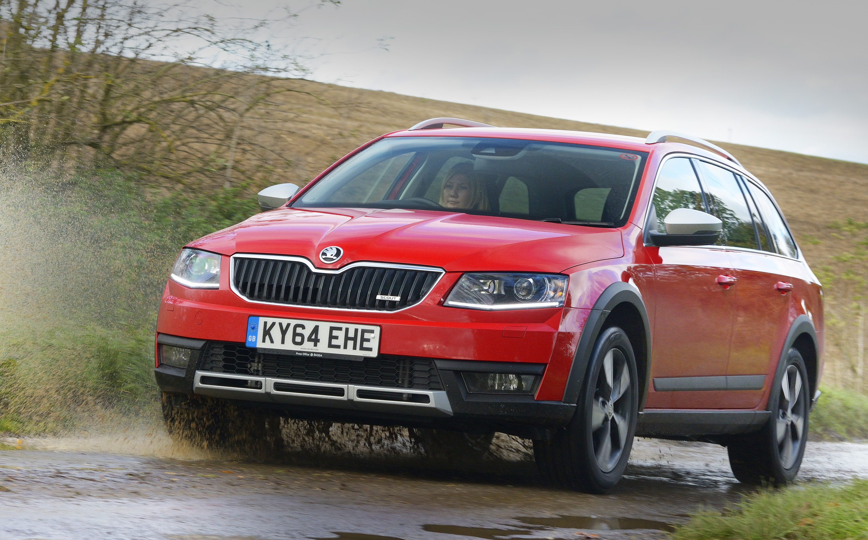 new skoda octavia scout has 4x4 abilities. Black Bedroom Furniture Sets. Home Design Ideas