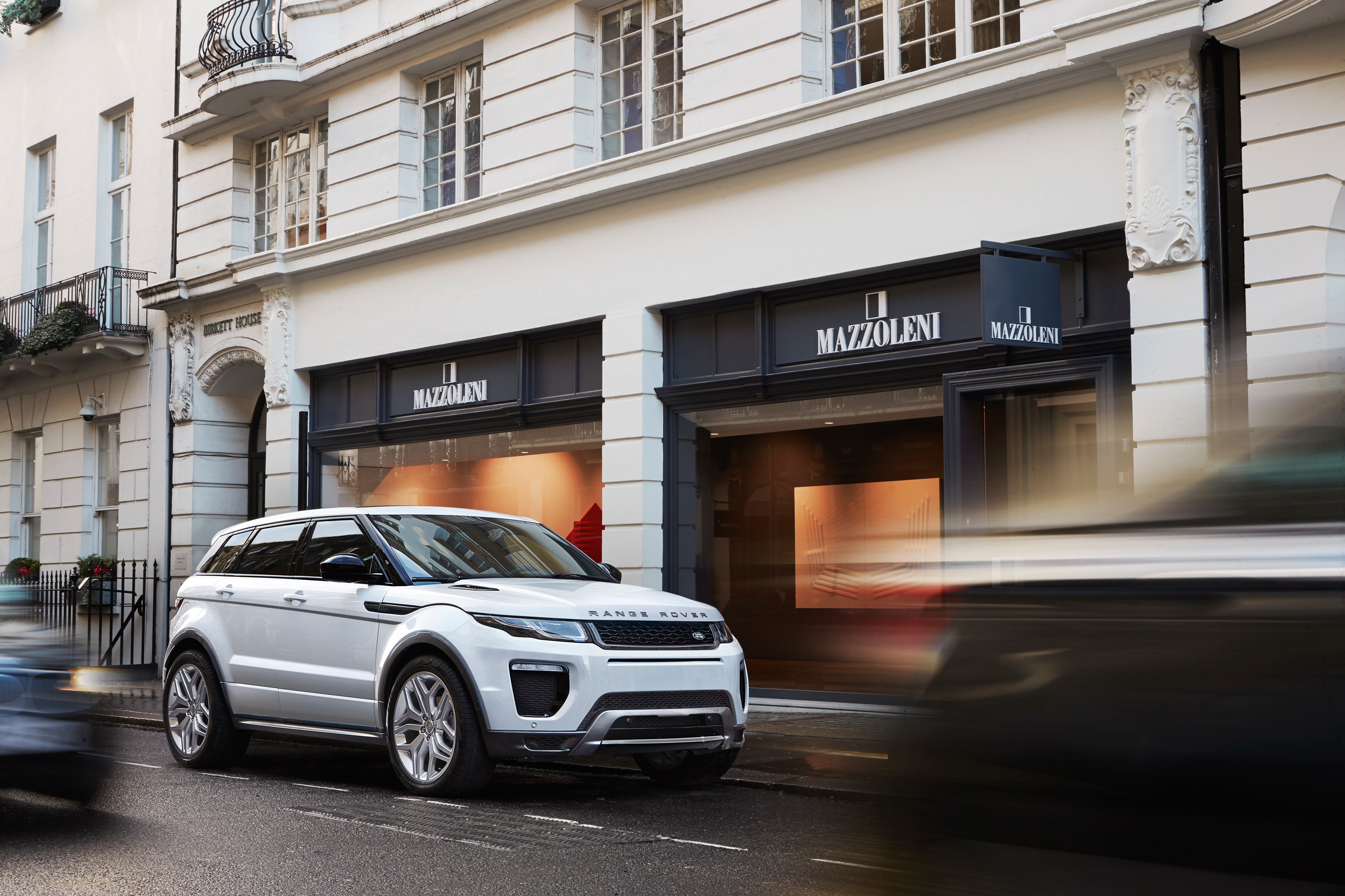 furious avoid paying engineer edited the for dsc evoque lease land rover a landrover new cheap range