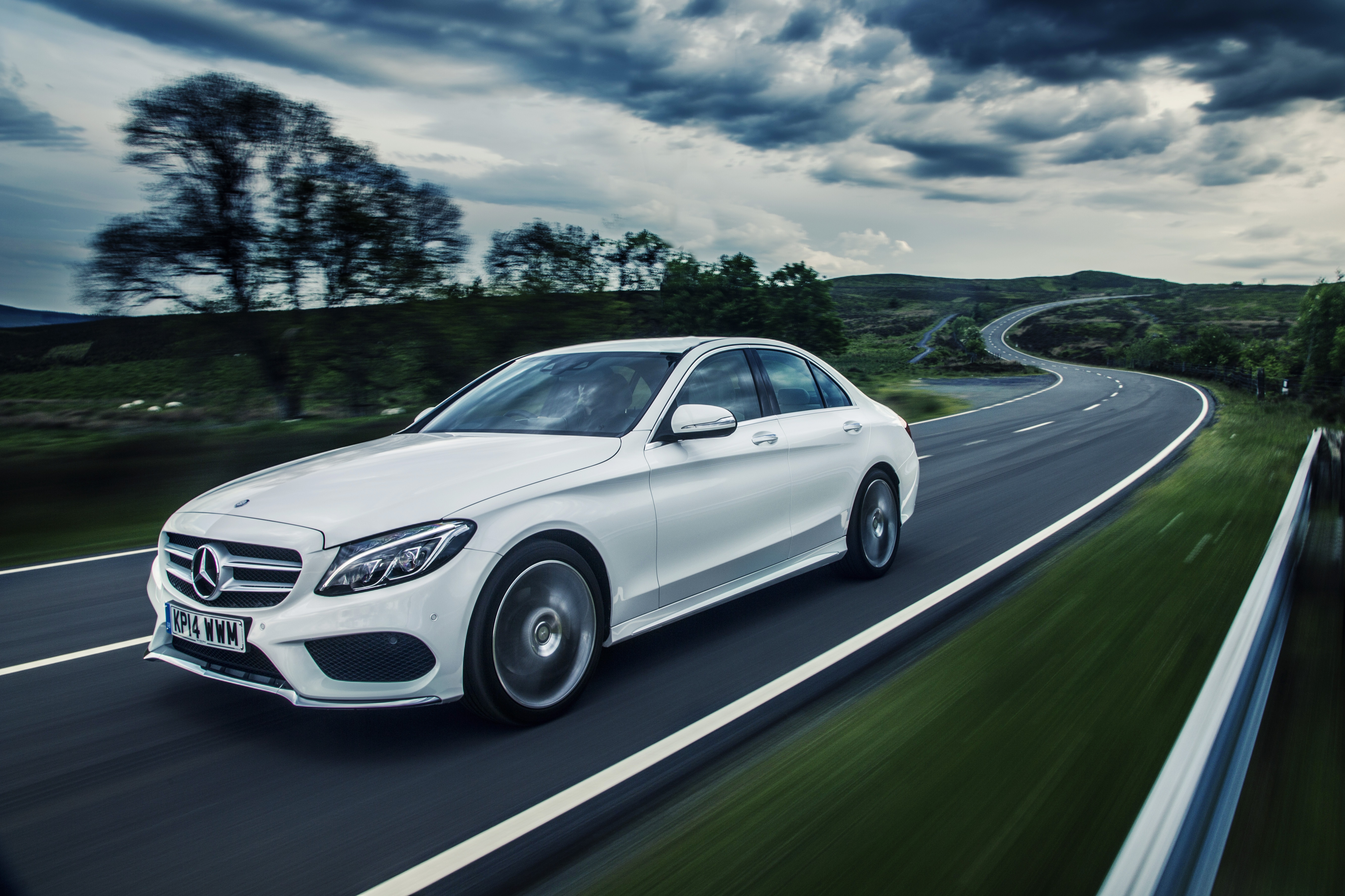 mercedes c class wins world car of the year 2015. Black Bedroom Furniture Sets. Home Design Ideas