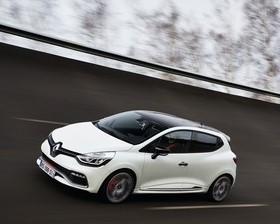 Renault reveals pricing and spec for Clio Renaultsport 220 Trophy-66864