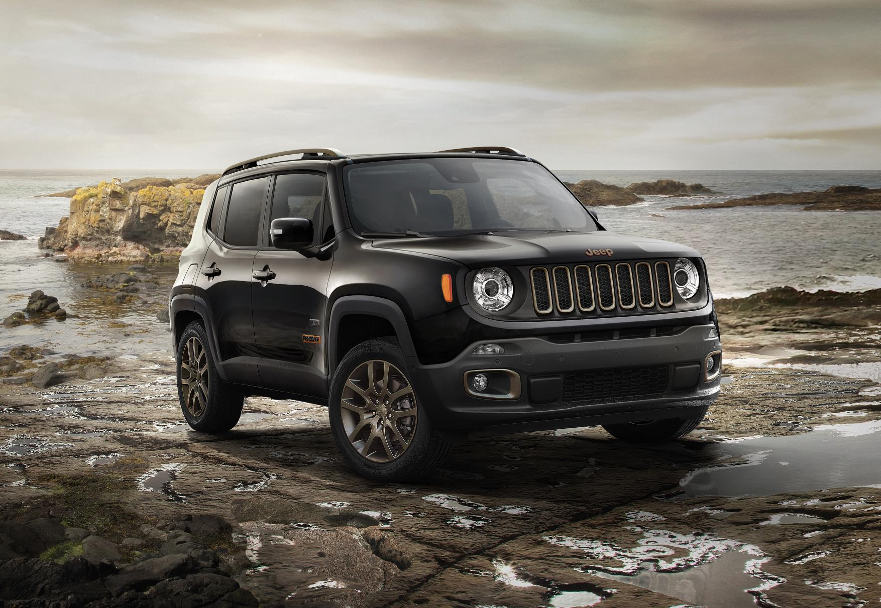 jeep renegade and cherokee special editions unveiled. Black Bedroom Furniture Sets. Home Design Ideas