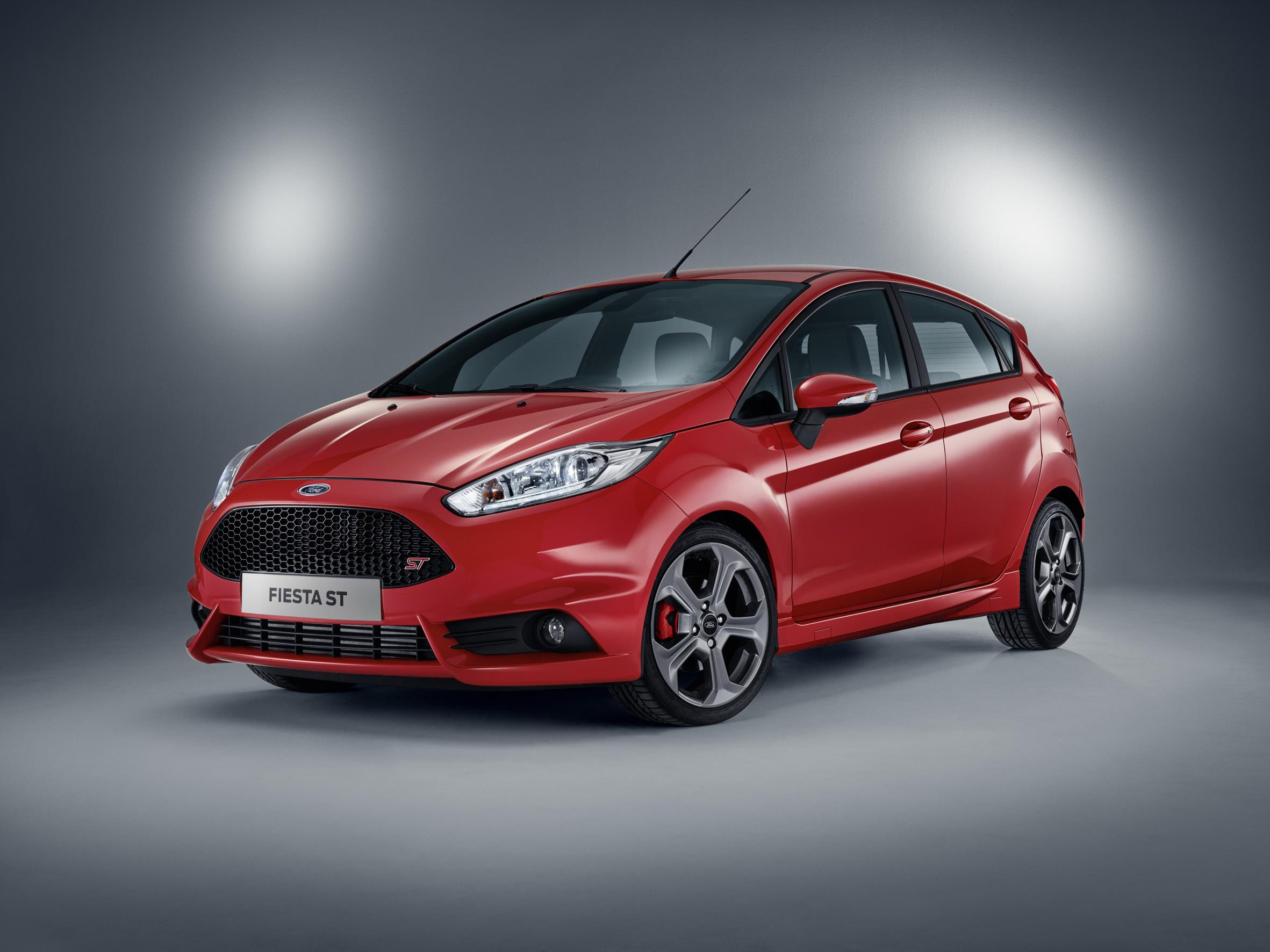 ford fiesta st now available with five doors. Black Bedroom Furniture Sets. Home Design Ideas