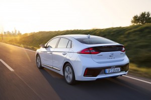 Hyundai Ioniq hybrid First Vehicle Leasing 2