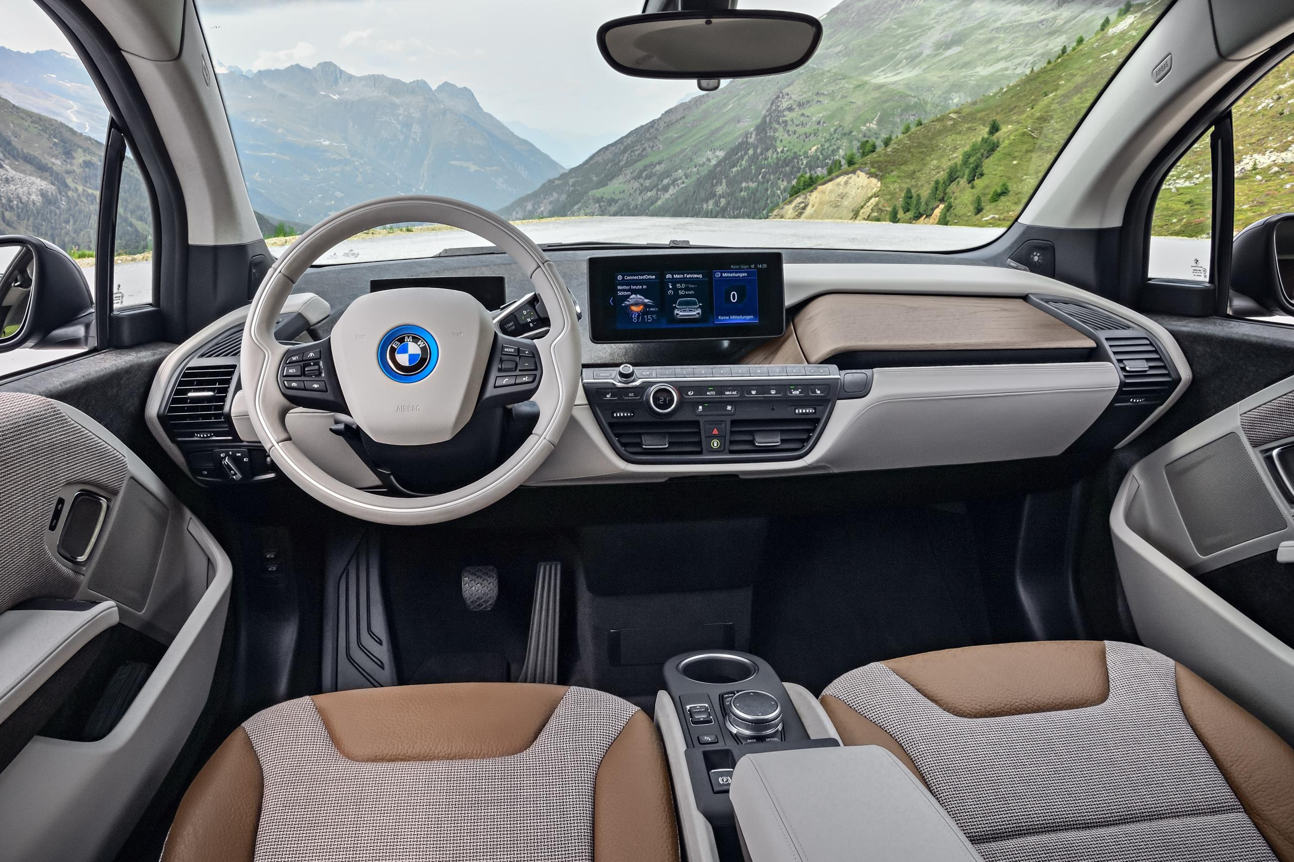 The new bmw i3 and i3s first vehicle leasing 2