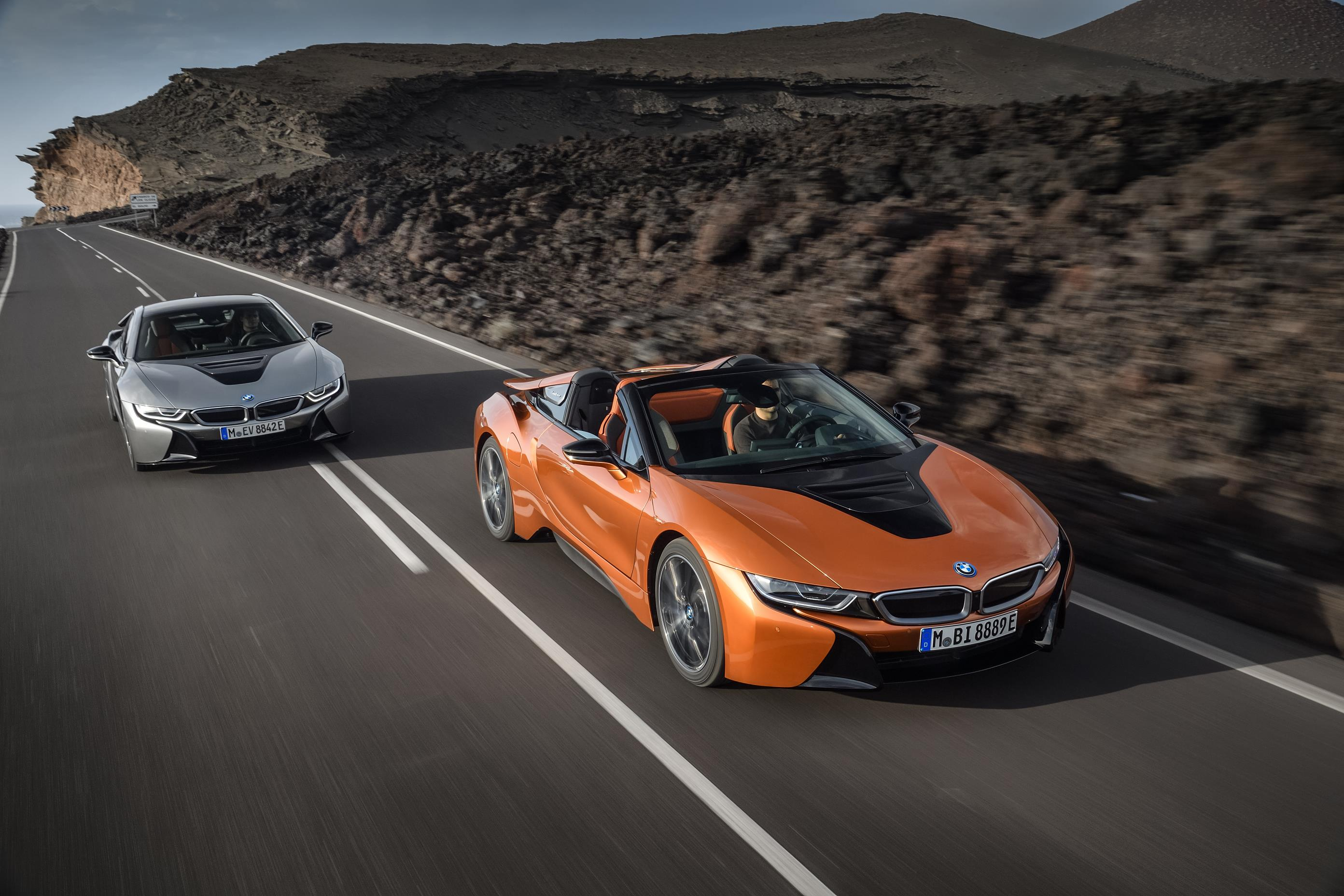 new bmw i8 coupe and roadster unveiled