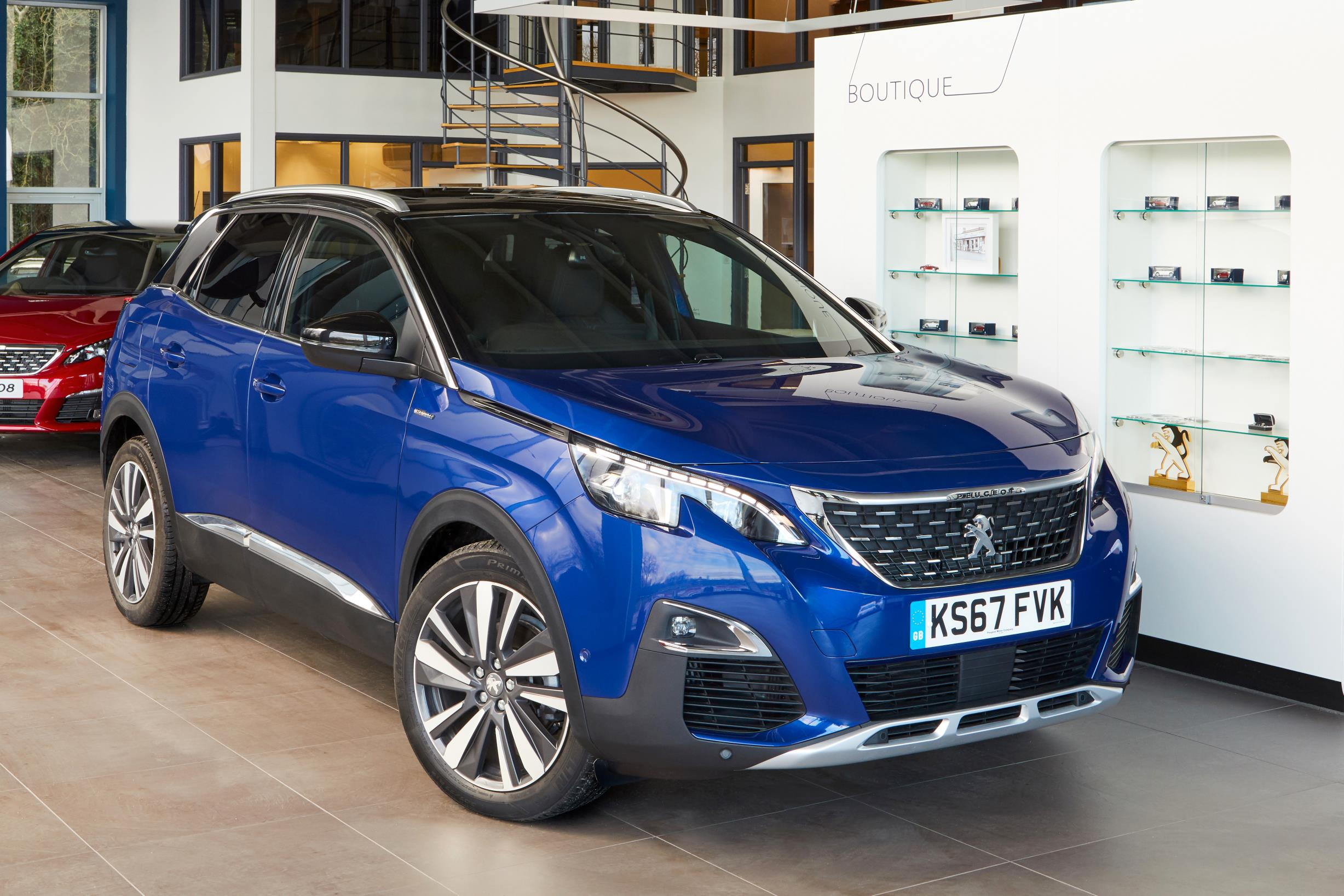 the all new peugeot 5008 is revealed. Black Bedroom Furniture Sets. Home Design Ideas