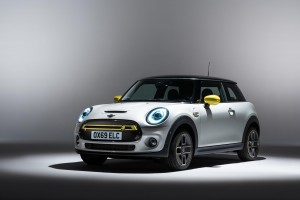 The new Mini Electric has been unveiled and it's an impressive offering.