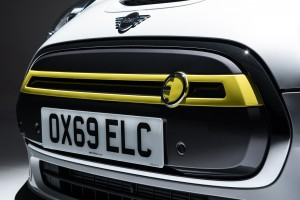 Mini Electric firstvehicleleasing.co.uk 2