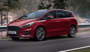 Ford S-Max hybrid car lease side view