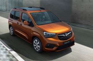 Vauxhall Combo-e Life car lease front