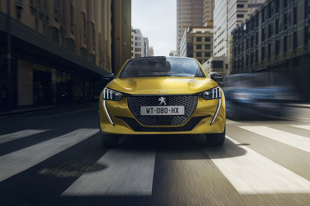 Peugeot 208 - preview