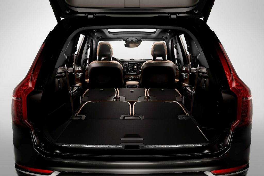 Volvo XC90 - Preview